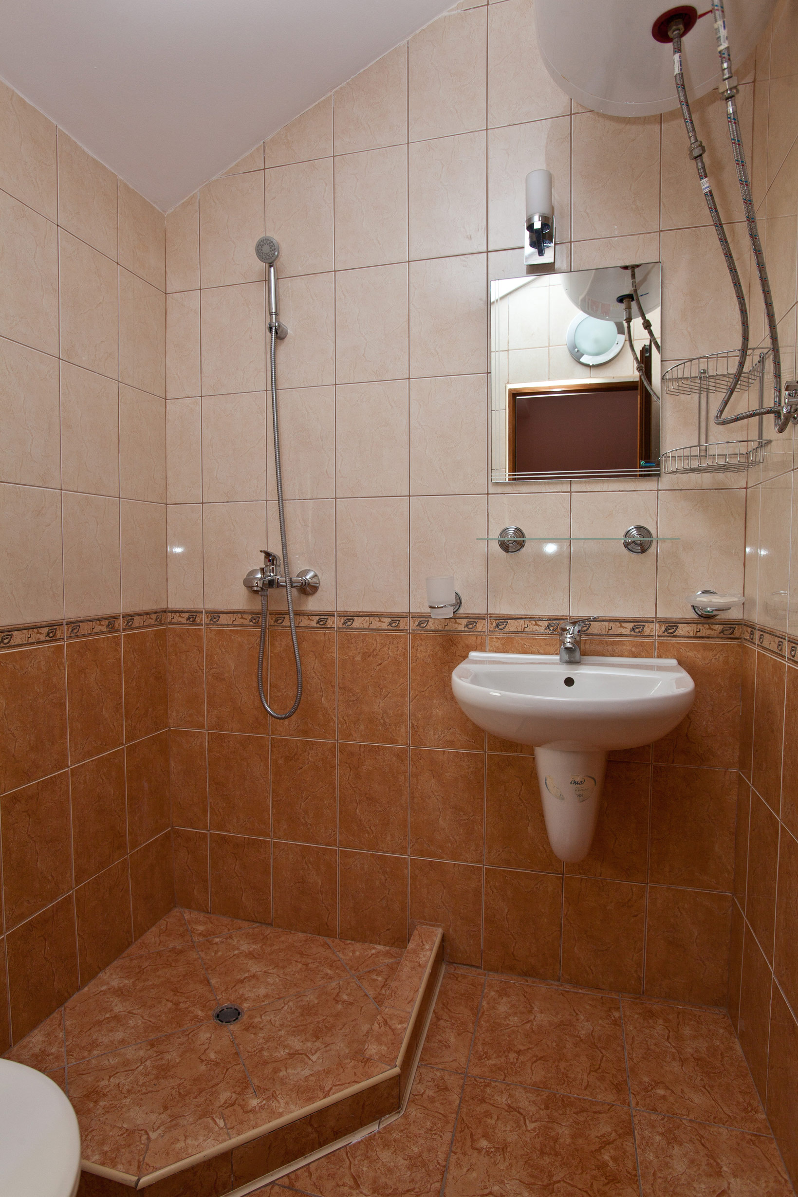 aquaray-guesthouse-room-4